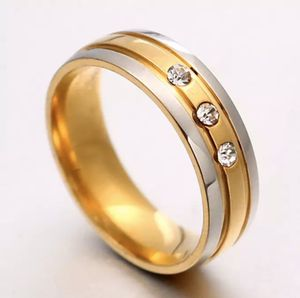 Unisex- 18K Yellow/white Gold Engagement Ring for Sale in Jacksonville, FL