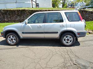Honda crv 2001 for Sale in Meriden, CT
