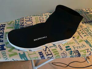 Balenciaga sock shoe size 10 for Sale in Des Plaines, IL