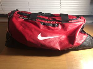 NIKE Budweiser duffle bag for Sale in San Antonio, TX