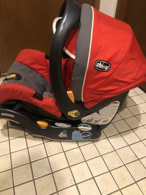 Chicco baby car seat with base and seat carrier stroller for Sale in Mukilteo, WA