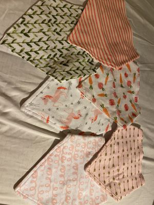 Free baby bibs & flat head pillow for Sale in Los Angeles, CA