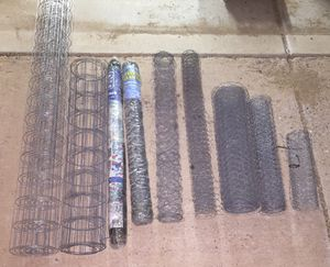Fencing materials: Hardware cloth, Chicken wire / hex netting, bird cloth, no climb fence wire for Sale in Phoenix, AZ