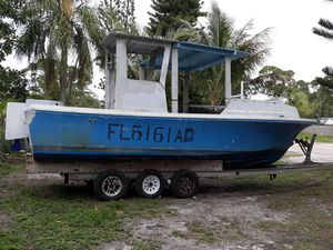 King fish boat and triple axle trailer clean titles for Sale in Stuart, FL
