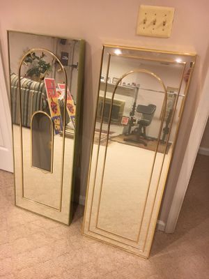 Mirror and Clock for Sale in Vienna, VA
