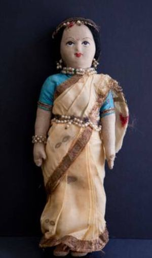 Antique Beaded Indian Cloth Doll for Sale in Evesham Township, NJ