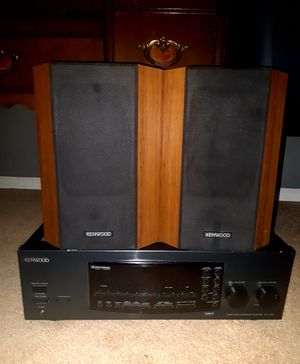 Kenwood Stereo System Tuner and Vintage Speakers Set ! DELIVERY AVAILABLE ! for Sale in Glendale, AZ