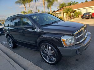 """06 Dodge Durango, clean title, low miles, smogged, 24""""wheels, 3rd row seat, reliable V6 engine for Sale in Spring Valley, CA"""