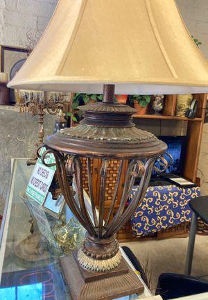 Large metal lamp for Sale in Westworth Village, TX