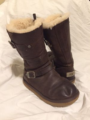 Girls Ugg Brand Leather Boots (size 3) for Sale in Danville, CA