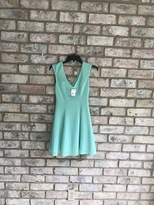 Dresses sizes small and 4 for Sale in Houston, TX