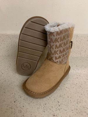 Michael Kors Boots Girl size 9. for Sale in MONTGOMRY VLG, MD