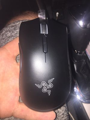 Razer mamba wireless gaming mouse for Sale in Altamonte Springs, FL