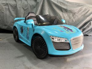 Power Wheels kids ride on Audi R8 Frozen theme with remote control for Sale in West Covina, CA