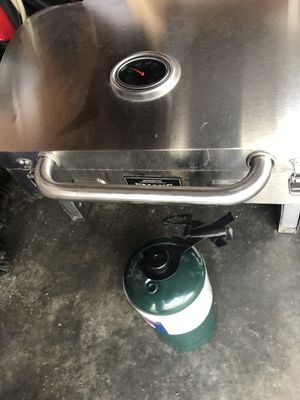 Smoke hollow grill for Sale in Lorain, OH