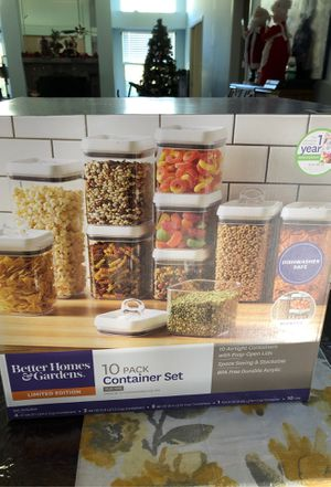 Food storage container snap on lid set for Sale in Saint Johns, FL