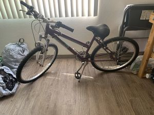 Road master purple bike for Sale in San Diego, CA
