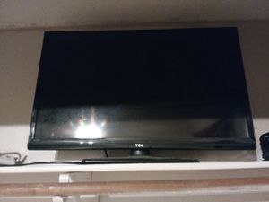 Flat screen TV 32 inch for Sale in Victorville, CA