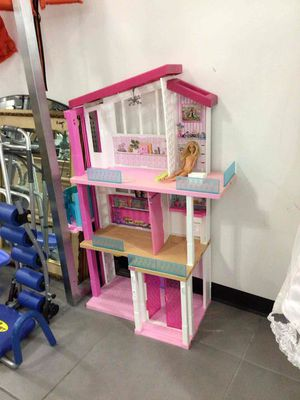 Doll house for Sale in Hollywood, FL