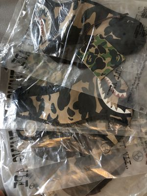 DS A Bathing Ape / Bape 1st Camo Shark Mask 2017 - Yellow for Sale in Seattle, WA