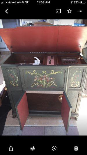 Antique cabinet $200.00 for Sale in Fresno, CA