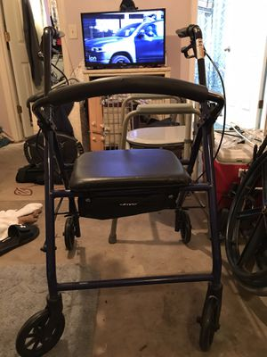 Drive Medical Adjustable Height Rollator Rolling Walker with 6-in Wheels, Blue for Sale in Riverview, FL