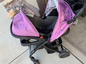 Graco purple stroller for Sale in Sun City, AZ