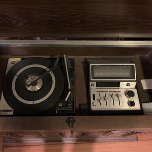 BSR Record Player/AM/FM/8 Track Cabinet for Sale in Portland, OR