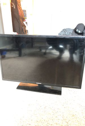 "Samsung 32"" LED TV 720p for Sale in Orem, UT"