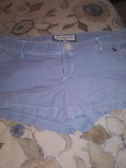 Womens Abercrombie & Fitch Shorts for Sale in Kearneysville,  WV