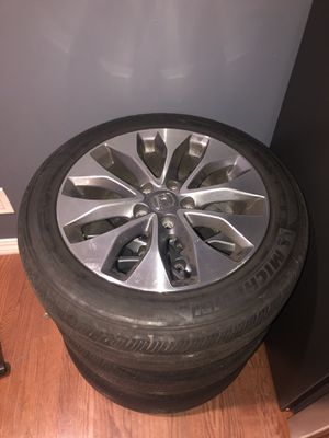 Stock Rims & Tires. 215/55r17 Set of 4 for Sale in North Bergen, NJ