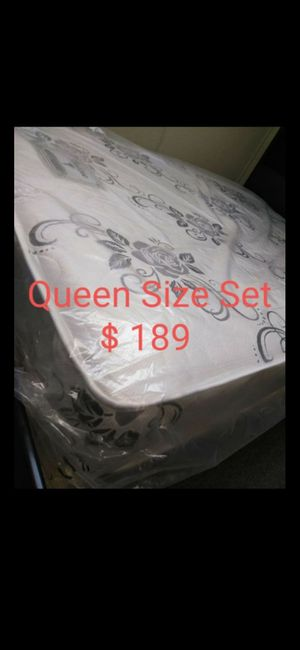 Mattress and More.! Colchones De Lujo QUEEN SIZE.. for Sale in Los Angeles, CA