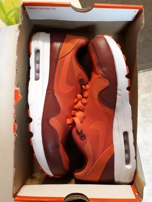 NEW NIKE AIR MAX 1 ULTRA 2.0 ESSENTIAL SIZE 9 MEN $100 OR BEST OFFER! for Sale in Los Angeles, CA