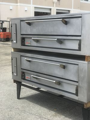 Marsal pizza oven 660 for Sale in Tampa, FL