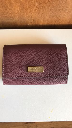 Kate Spade- Laurel Way Christine Wallet for Sale in Moreno Valley, CA