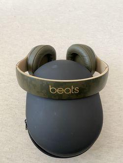 Wireless Beats headphones for Sale in San Antonio,  TX
