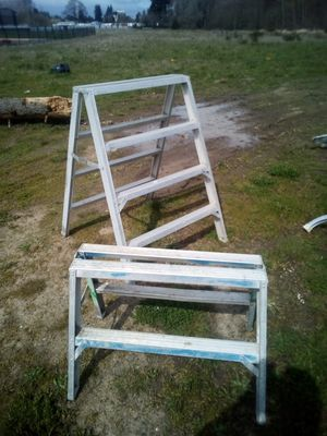 Twin step drywall painter ladders for Sale in Vancouver, WA
