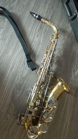 Alto Saxophone for Sale in Fresno, CA
