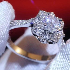 (FREE SHIPPING) Brand New Engagement Ring Set Snowflake Flower Diamond Woman's Jewelry Wedding Band for Sale in Nashville, TN