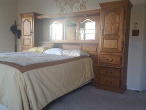 Solid Oak King Bedroom Set for Sale in Fontana, CA