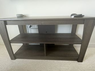Entertainment Center w/ TV Mount for Sale in Silver Spring,  MD