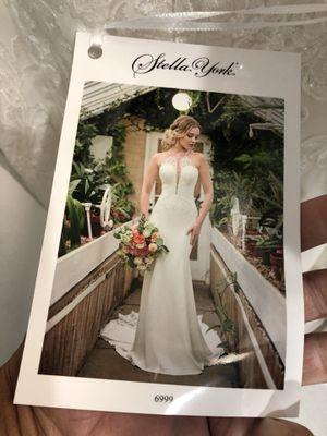 Wedding dress for Sale in Lake Villa, IL