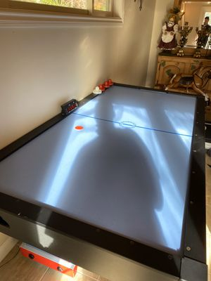 GOLD STANDARD- Air hockey table for Sale in Hillsborough, CA