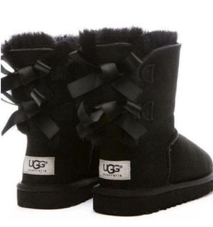 Brand NEW UGG Boots •Bailey Bow• for Sale in Miami, FL
