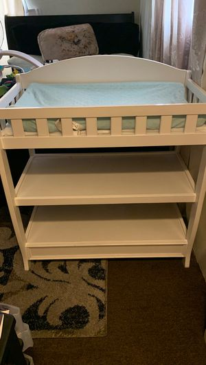 Baby Diaper change table for Sale in Cudahy, CA