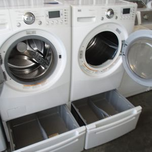 Front Load Lg Steam Washer and Front Load Lg Steam Dryer High Efficiency for Sale in Bedford, TX