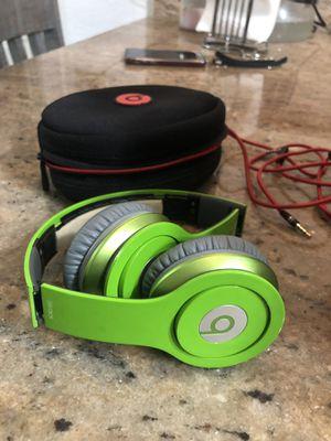 Beats SOLO HD. Green for Sale in Hialeah, FL