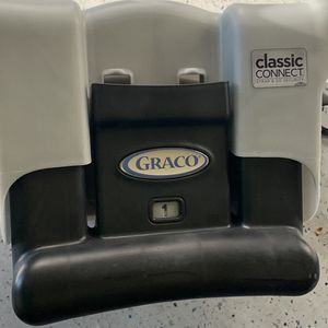 Graco classic connect infant Car Seat Base for Sale in Austin, TX