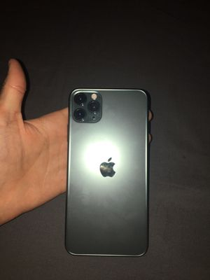 IPhone 11 pro max for Sale in Phoenix, AZ