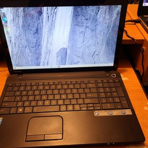 Toshiba Satellite C55t Touchscreen 15.6 Inch Laptop(Check Out My Page For More Laptops ) for Sale in Baldwin Park, CA